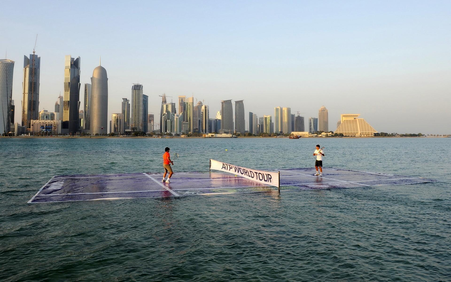 water-tennis-federer-nadal-doha-atp-2011_53f95d